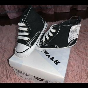 Kids Airwalk soft soul shoes size 3